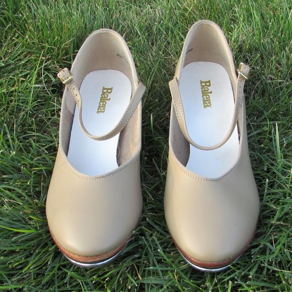 f3e49cfb1e7 balera Shoes - NWOT Balera Character Taps